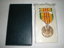 US VIETNAM SERVICE MEDAL - FULL SIZE - MIB