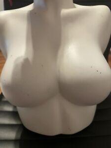 Female Mannequin Bust