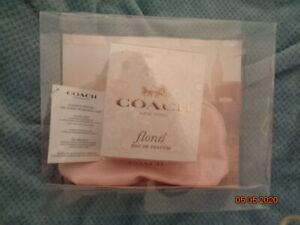 New COACH Women's Eau De Perfume 3.0 oz  Pink Purse Pouch Bag Gift Set