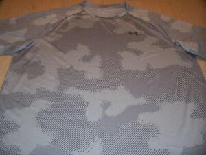 UNDER ARMOUR SHORT SLEEVE GRAY ACTIVEWEAR SHIRT MENS 3XL EXCELLENT CONDITION