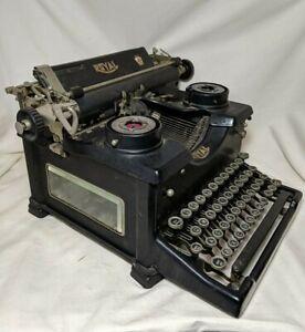 Antique 1926 Royal Model 10 Typewriter W Beveled Glass Rimmed Keys Vintage Rare