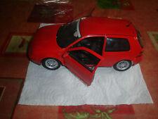 REVELL 1/18 Volkswagen Golf GTi ROUGE
