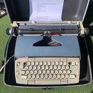 Smith Corona Typewriter SCM Electra 120 Electric With Case Working