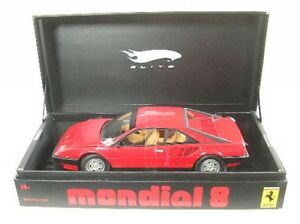 Ferrari Mondial 8 (Rouge)