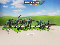 Britains Deetail WW2 German Infantry Series 1 set of 6 (lot 3313)