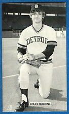 J.D. McCarthy BRUCE ROBBINS post card (Detroit Tigers) ex+