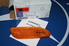 Mercedes Benz C Class W203 02-07 Bumper Side Marker Light Right 2038200821 OE