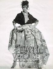 PUBLICITE ADVERTISING 094  1992  GIANNI VERSACE  haute couture