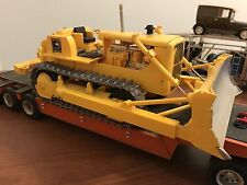 1/25 AMT D8H Cat Built Tracks roll blade goes up and down Sold As Is
