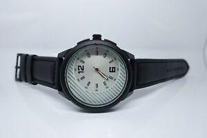 Vive Uhr Armbanduhr Neu Edelstahl Leder Schwarz Weiß