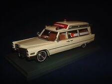 RARE! Cadillac S&S Ambulance White 1966 NEO 43895 1/43
