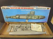 Revell 1/260 Polaris Nuclear Submarine Show-Off Cutaway Display Model 1975