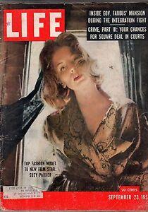 1957 Life September 23 - Suzy Parker; Texas A&M Football; Santa Fe Fiesta; Brady
