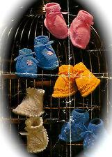 Vintage Tricot pattern-how pour faire de 5 paires différentes joli bébé chaussons en bonneterie