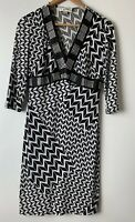 JOSEPH RIBKOFF Beautiful Black White V Neckline 3/4 Sleeve Dress Size UK/AU 10