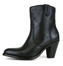 Frye Mustang Stitch Short Black Leather Woman's Boots 7354 Size 9.5 M NEW!