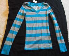 Women's AEROPOSTALE V-Neck Sweater Size M - NWT Light Blue & Grey