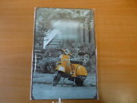 PB80N PLAQUES TOLEE vintage 20 X 30 cm : Vespa jaune