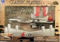 New Ray - Classic Planes Model Kits B-17 Flying Fortress (BBNR20107B17)
