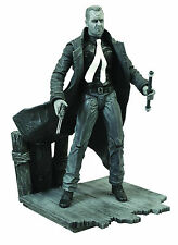 "2014 Diamond Select Sin City 7"" Hartigan Deluxe Action Figure with Diorama Base"