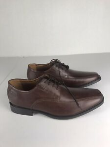clarks dress shoes Mens 10 M Brown