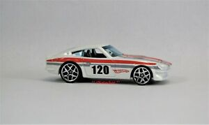 Road Racing 1969 - 1978 Datsun 240Z Collectible Model 1/64 Scale     J