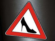1 x Aufkleber Vorsicht Frau Am Steuer Warnung Warnschild Sticker Fun