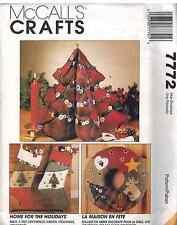 7772 UNCUT Vintage McCalls SEWING Pattern Christmas Decorations Tree Wreath XMas