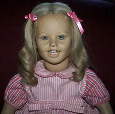 Annette Himstadt Lisa Doll