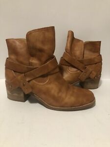 UGG Womens Leather Ankle Boots Tan Size US 9.5 UK 8 EUR 40.5 FAST POST AUS