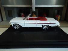 Oxford  1961 CHEVROLET  IMPALA  Conv.   White   1/87  HO  diecast   GM   NEW