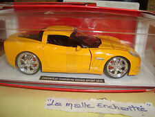 COFFRET  CHEVROLET CORVETTE GRAND SPORT 2010 1/24° JAUNE NEW RAY
