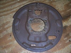 1951-1952 Pontiac Eight rear end housing brake shoe backing plate mount DR