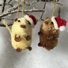 Bristle Straw Mouse Decoration Father Christmas Hat Santa Brush Gisela Graham
