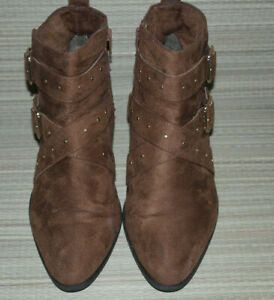 NEW LOOK WOMENS BROWN ZIP FAUX SUEDE ANKLE BOOTS SIZE:7/40(WB3554)
