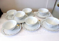 Narumi Fine China Japan Heritage 7 Cup & Saucers Black With Gold Detailing White
