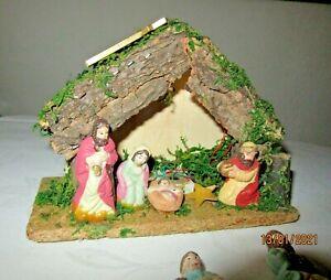 """Krippe mit Weihnachtslied """" Stille Nacht """" Krippenfiguren Spieluhr P 14"""