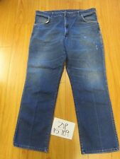 used Wrangler 85498PS grunge feather jean tag 40x32 Meas 38x30.5 zip15709