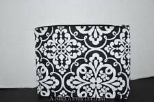 Thirty One Zipper Pouch in Medallion Medley - NEW
