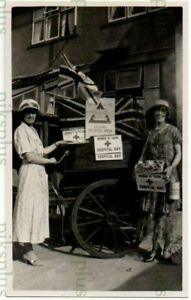 OLD BARREL ORGAN POSTCARD BOROUGH OF EALING HOSPITAL DAY LONDON REAL PHOTO 1925