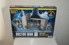 DOCTOR WHO  DALEK INVASION TIME ZONE 3D CARD DIORAMA PLAYSET