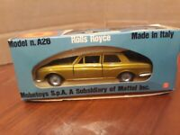 Mebetoys Gold Rolls Royce Silver Shadow A26 Italy 1:43 Scale New in Box