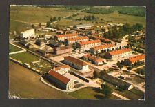 SISSONNE (02) CHAPELLE & FOYER du CAMP en vue aérienne 1975