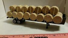 1/64 ERTL custom farm toy flatbed semi trailer w/ 23 round corn stalk bales