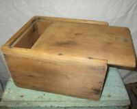 Very Old WODEN CANDLE BOX Dry Wood SLIDE TOP Square Nail  ORIGINAL PRIMITIVE