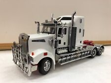 1/32 WHITE Kenworth T909 Prime Mover Truck Diecast