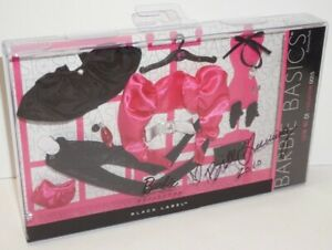 2009 BARBIE BASICS ACCESSORIES~LOOK NO 01 COLLECTION 001.5 ~SIGNED!~MATTEL~NEW!