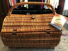 Picnic Time Barrel Picnic Basket Hunter Green w/ Grapes New in Box