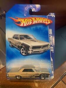 2008 Hot Wheels All Stars 1965 Pontiac GTO #70 Gold/Black