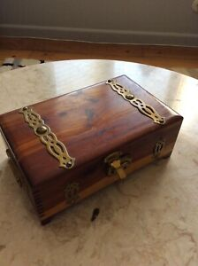 Vintage Cigar Small Trinket Box Wooden
